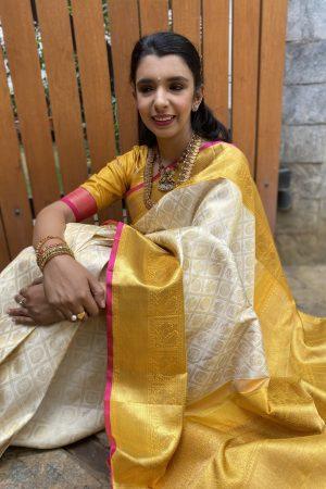 off white with yellow korvai borderkanchipuram silk saree3