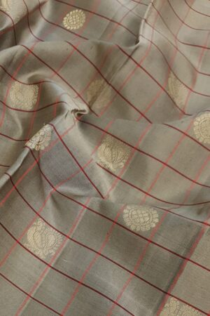 Beige soft silk saree with red border2
