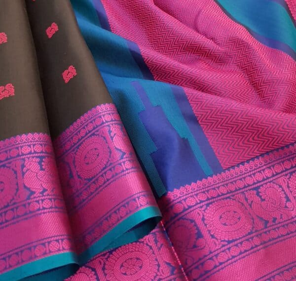 Black soft silk saree with pink buttis2