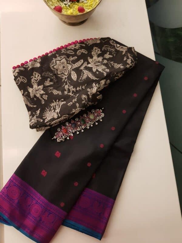 Black soft silk saree with pink buttis4