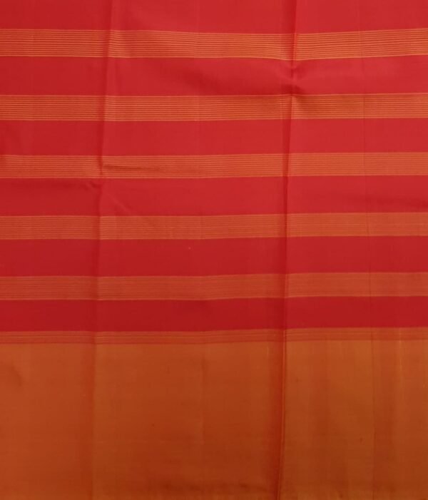 Red and green half and half soft silk saree4