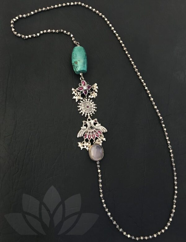 Silver chain with turquoise beads