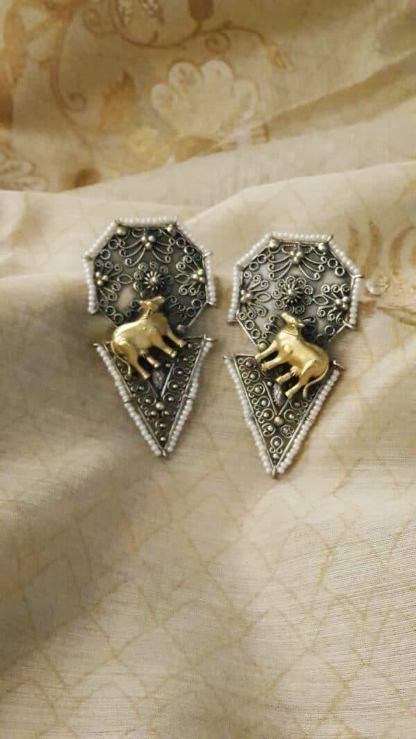 Silver earrings2a
