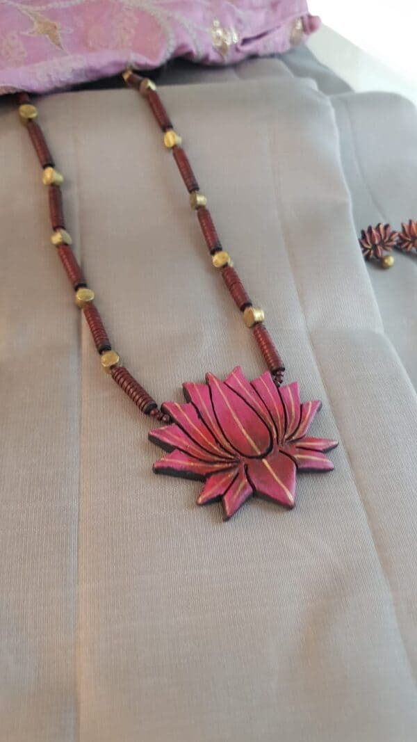 Terracotta chain with pink lotus pendant