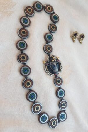 Blue and silver terracotta chain with side mogappu