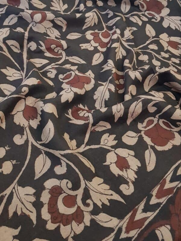 Floral kalamkari on tussar sari with zari border2