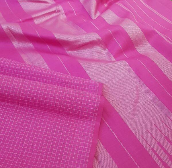 Green and pink one side border kanchipuram silk saree2