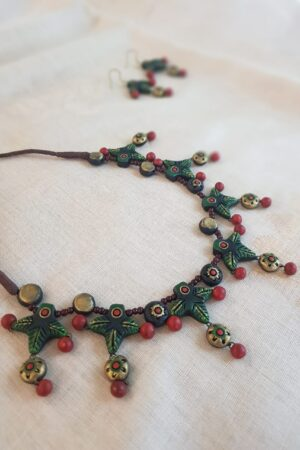 Green and red terracotta necklace