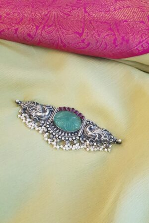 Green silver choker with pearls