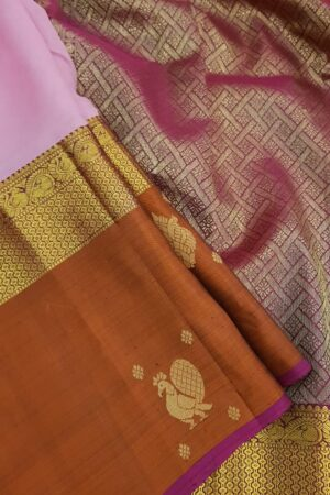 Light pink chiffon saree with rust border4