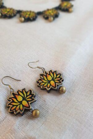 Lotus terracotta necklace1