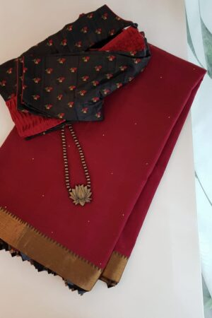 Maroon mangalgiri cotton saree with kalamkari samosa
