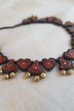 Maroon terracotta necklace2