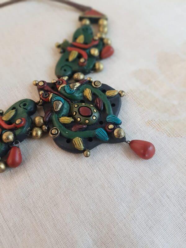 Multi colour terracotta neck piece2