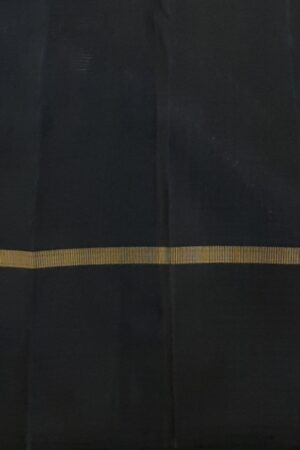 Mustard kanchi silk saree with black korvai border4