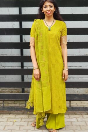Olive green tepchi top with kota dupatta