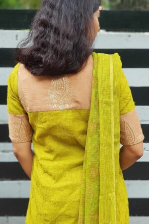 Olive green tepchi top with kota dupatta1