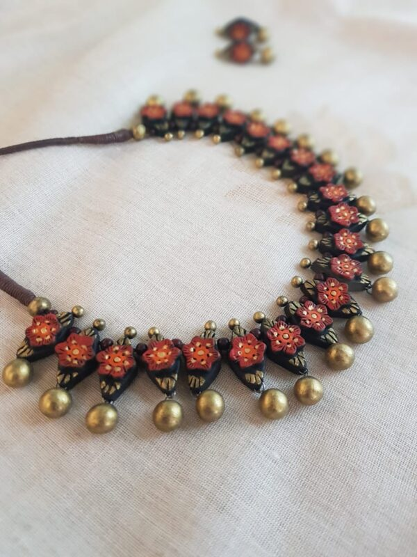 Rust terracotta necklace