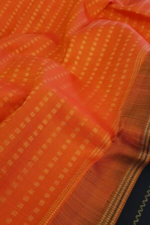 Black kanchipuram silk saree with vanki lines3 -
