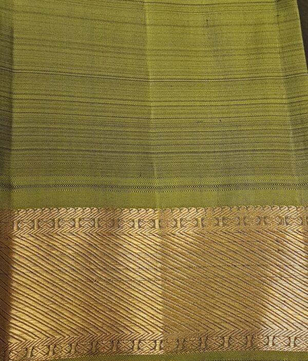 Blue silk saree mayil chakram4