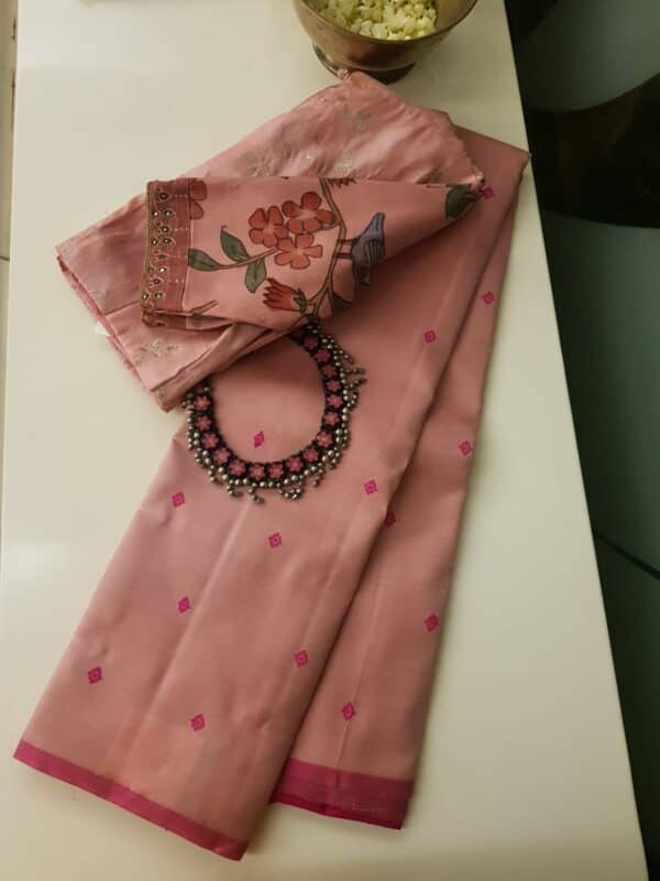 Dusty pink with pink thread buttis