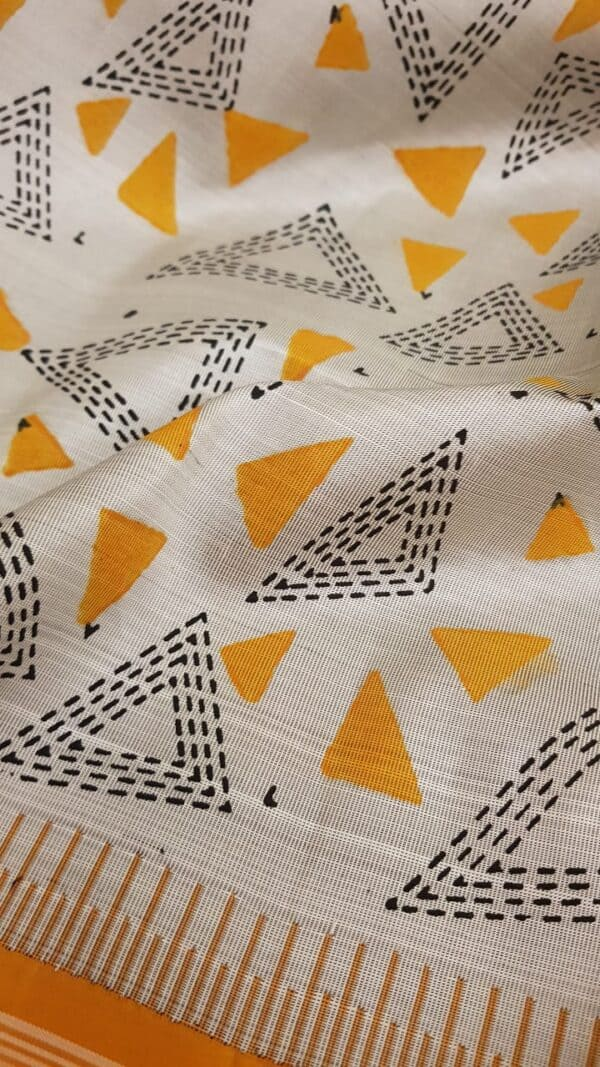 Grey and mustard one side border block printed body6