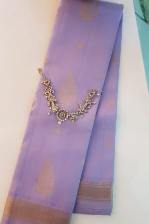 Lilac kanchipuram silk saree with buttis