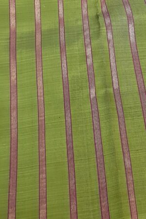 Olive green and dark pink partly pallu kanchipuram silk saree3