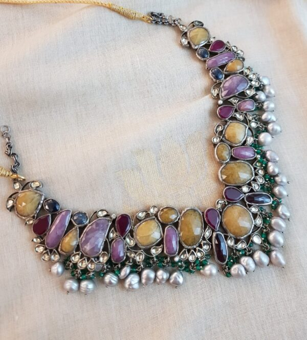Silver necklace with precious stones1