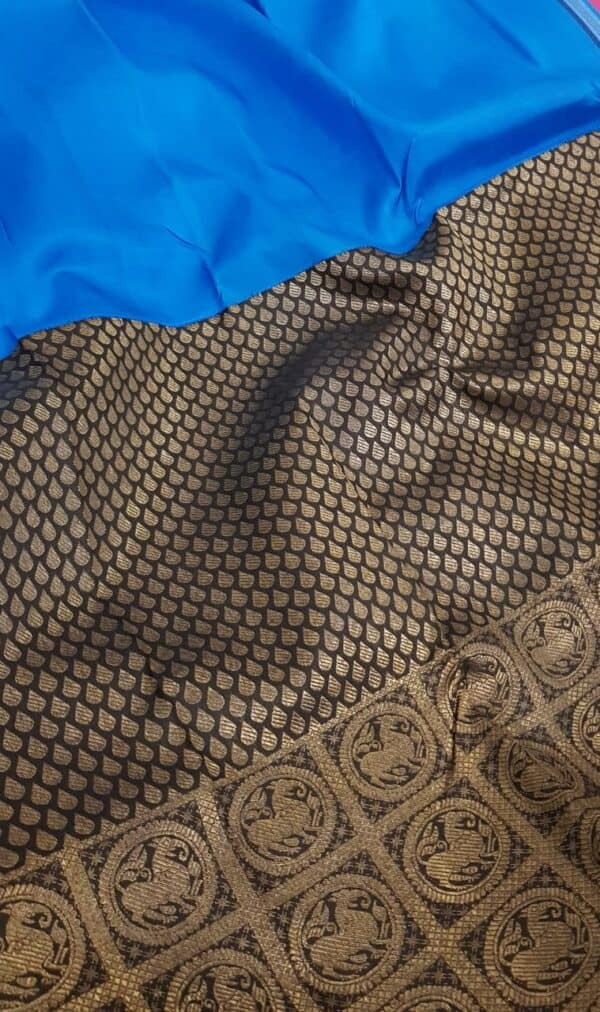 blue and black half and half kanchipuram silk saree3