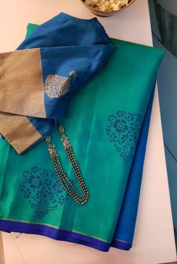 blue and green printed silk saree4
