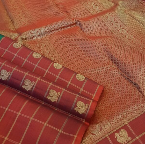 bottle green with one side border kanchi silk saree.2