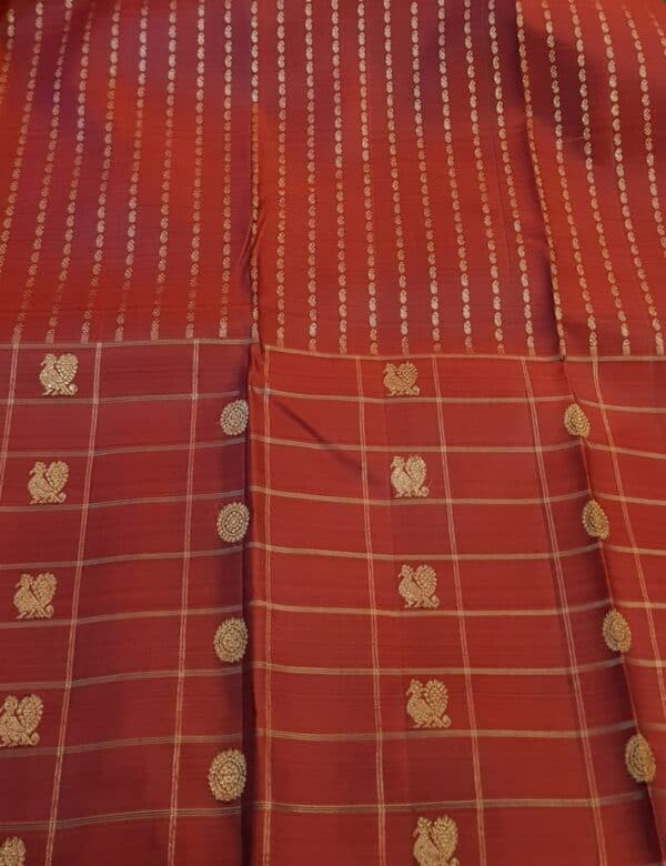 bottle green with one side border kanchi silk saree.4