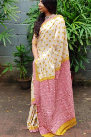 Beige tussar saree with polka dots and kutch work border5