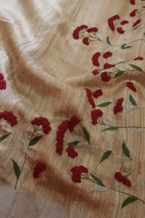 beige and red embroidered tussar saree2