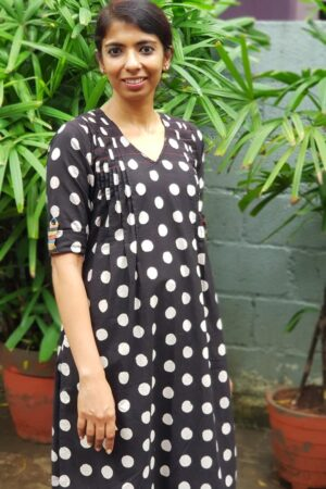 black cotton set with dots1