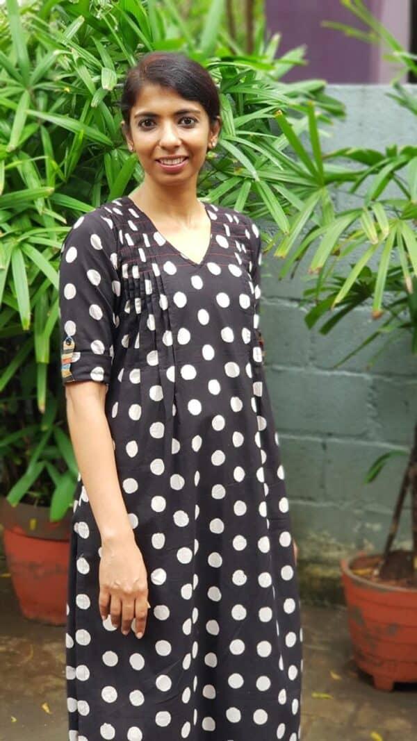 black cotton set with dots1