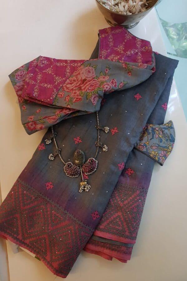 grey tussar saree with kutch work