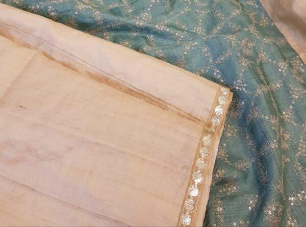 Beige tussar saree with teal pallu2