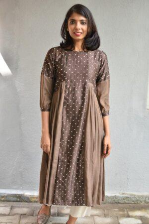brown pleated kurta