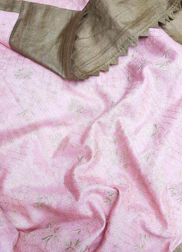 brown tussar saree with pink pallu4