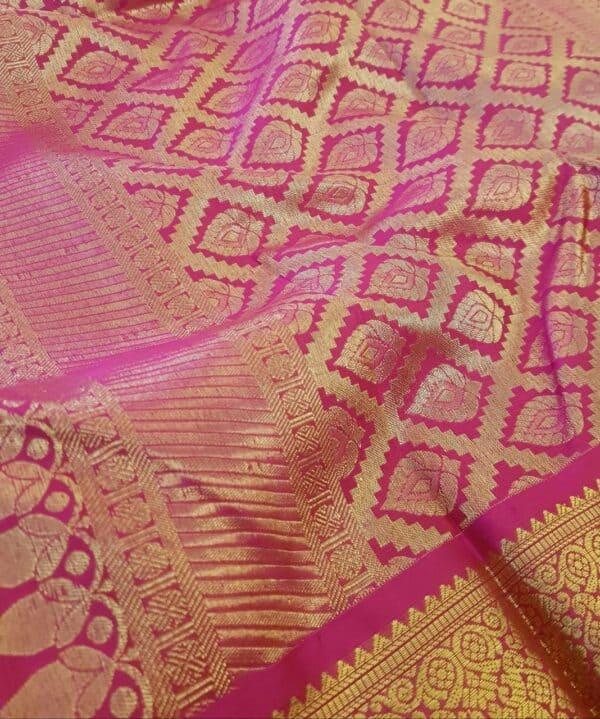 green and pink korvai saree4