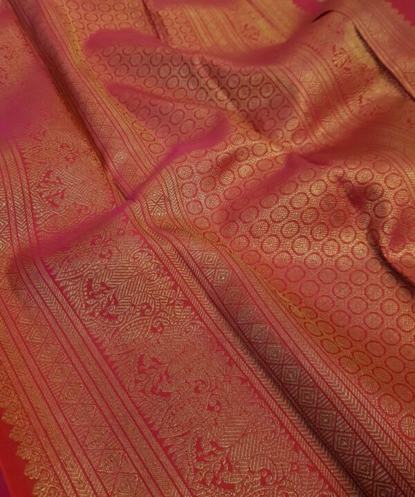 navy blue kanchipuram silk saree with pink pallu1
