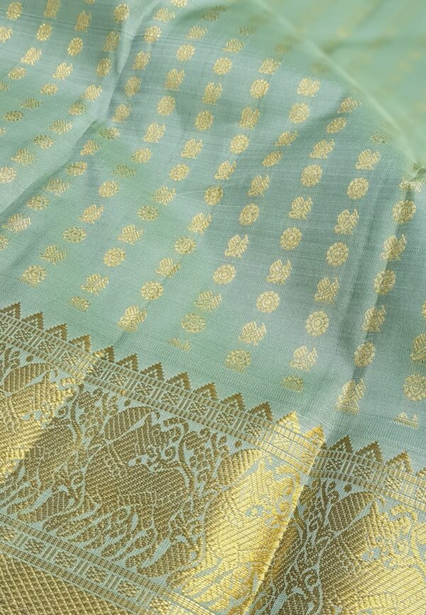 pale green silk with mayil chakram1