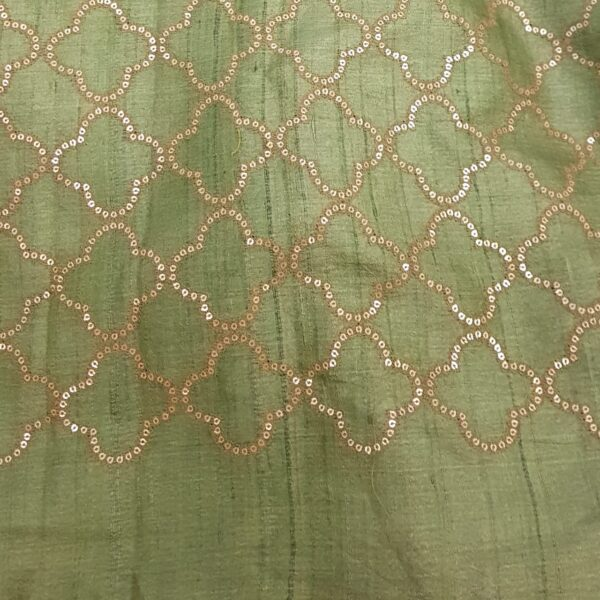pink with green pallu3
