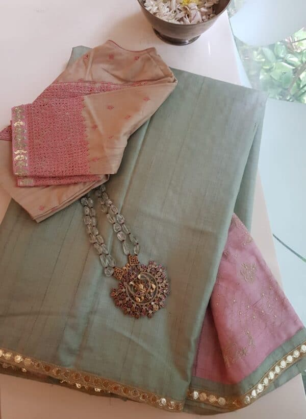 russian green with pink pallu