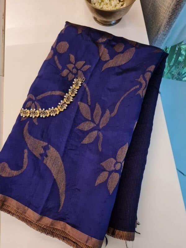 Blue moonga floral