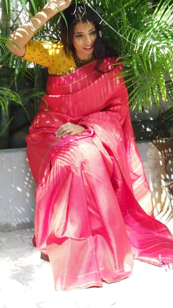 Red with burnt orange checks kanachipuram silk saree5