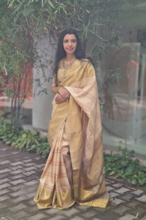 beige and gold kanchipuram silk saree