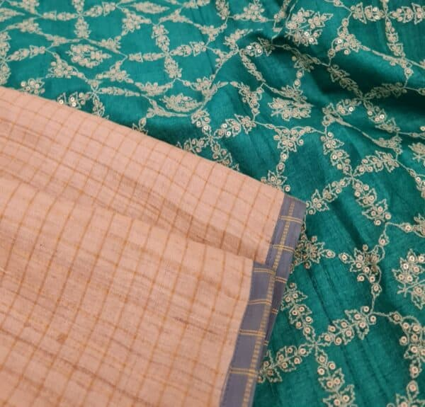 beige zari checks with teal green pallu1
